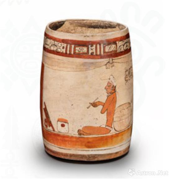 宫殿纹陶罐,描绘了统治者抽雪茄的场景
