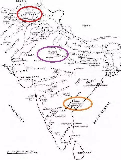 地图中,红圈为犍陀罗地区,紫圈为秣菟罗地区,橙色圈为阿玛拉瓦蒂地区