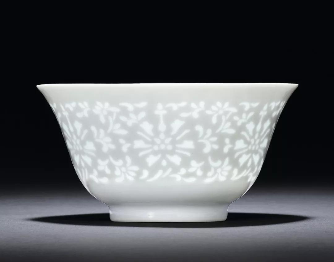 瓷器工艺品丨纯一 也绚烂:单色釉瓷之美