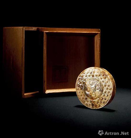 玉剑首成交价:14.95万元