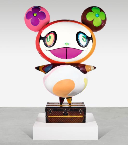 村上隆《熊猫》玻璃纤维、LV古董行李箱 3版之一 2003年作