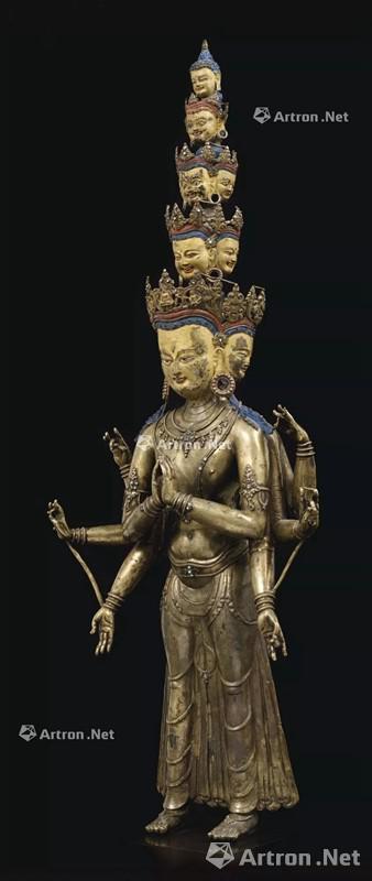 NO.18 西藏13世纪A LARGE AND RARE BRONZE FIGURE