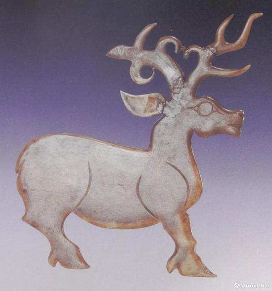 陕西宝鸡青铜器博物馆藏西周中期玉鹿