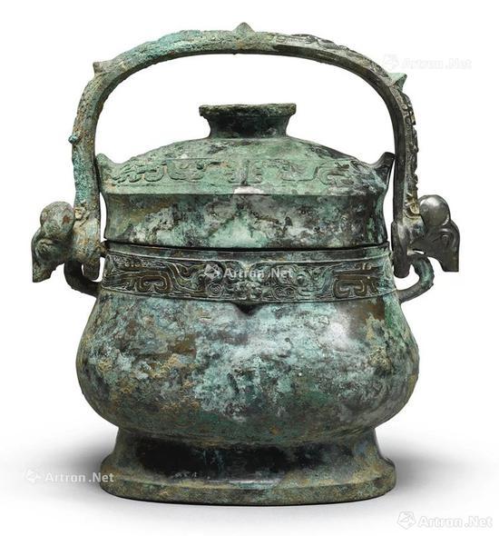NO.21西周初 公元前十世纪 青铜凤鸟纹卣