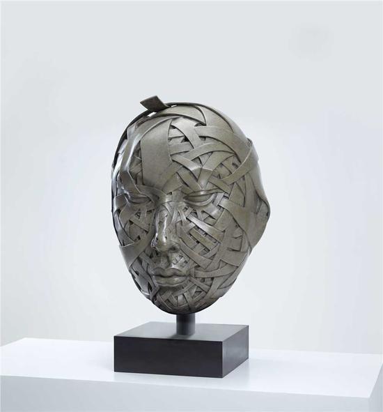 罗杰雕塑作品 《未来佛》42x41.5x64cm 铸铜化学热着色 2017