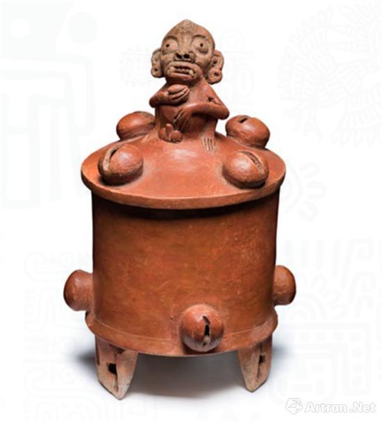 猴形捉手三足陶罐