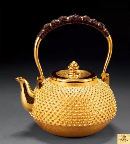 152 纯金宝珠摘霰打壶成交价:7,763,600日元