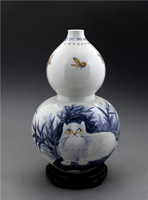 王纯祥《千猫瓶》葫芦瓶·青花瓷招财猫瓶之一