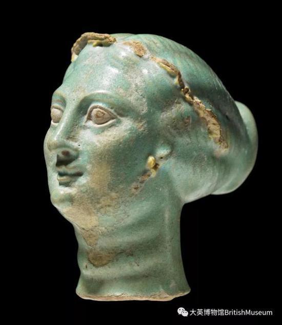 阿尔西诺伊二世头像,釉砂鎏金,埃及纳夫克拉蒂斯, 公元前3世纪
