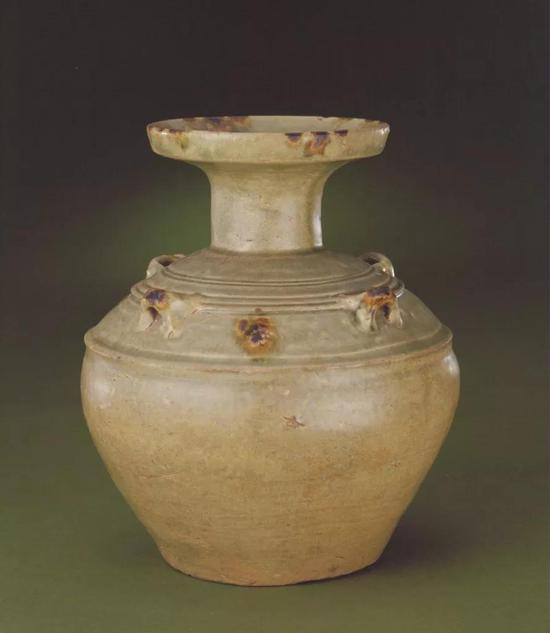 东晋青釉褐斑四系壶,现藏北京故宫博物院