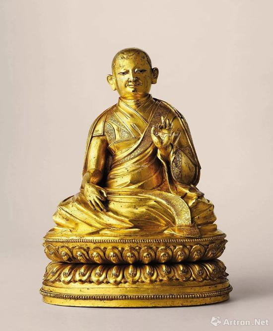 NO.39清17世纪 鎏金铜三世达赖喇嘛索南嘉措像