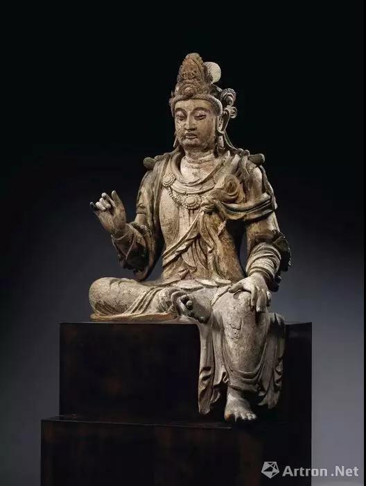 ▲13世纪 木雕观音菩萨坐像