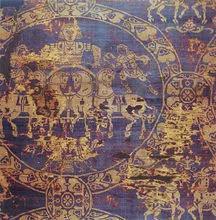 查理曼大帝寿衣局部:寿衣由骨螺紫和黄金做成