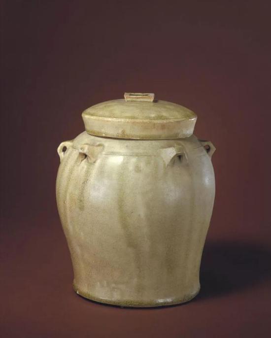 南朝青釉六系盖罐,现藏北京故宫博物院