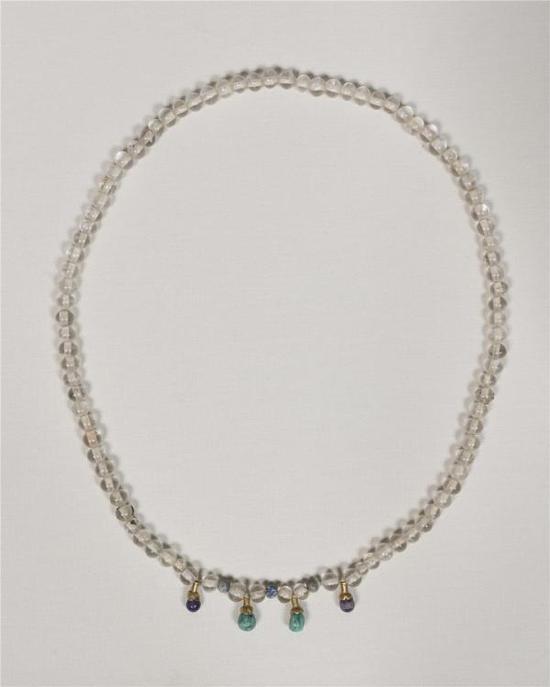 水晶项链 2002年陕西省西安市南郊米氏墓出土 西安市文物保护考古研究院藏