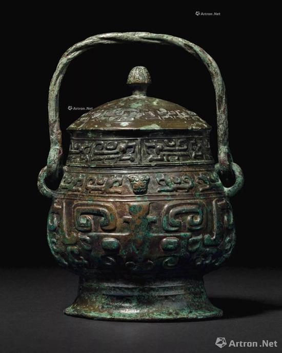 NO.45西周-11世纪晚期 青铜夔龙纹卣