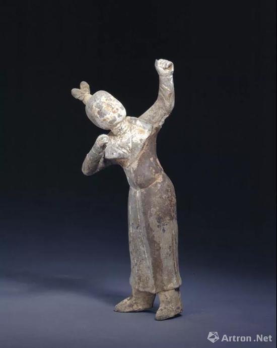 画彩女射俑,故宫博物院藏