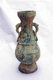 出土青铜器。江油市文管所供图