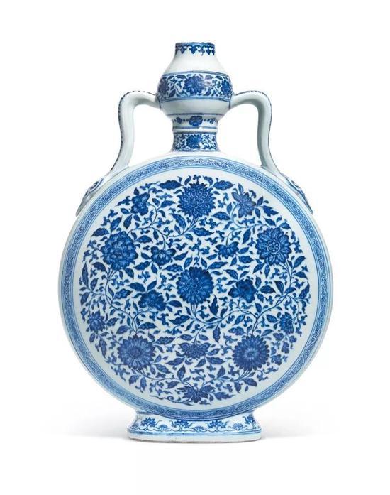 清雍正青花缠枝花卉纹如意耳葫芦扁壶