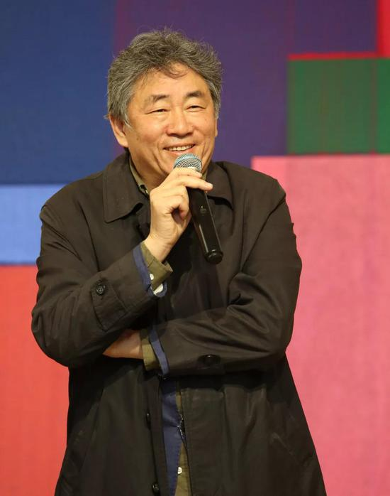 ▲中国艺术研究院副院长、国家当代艺术研究中心主任谭平先生致辞