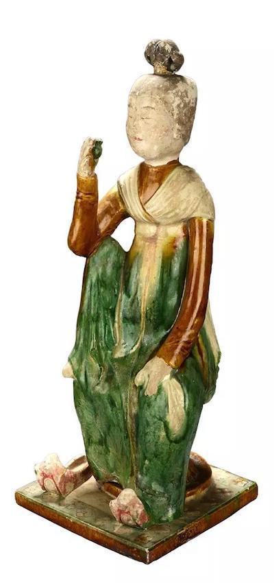 三彩釉陶女居士俑