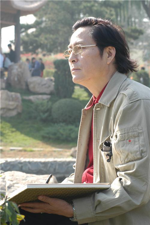 易洪斌简介