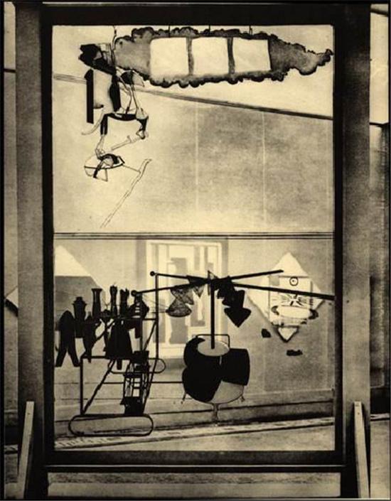 杜尚的代表作品《大玻璃》