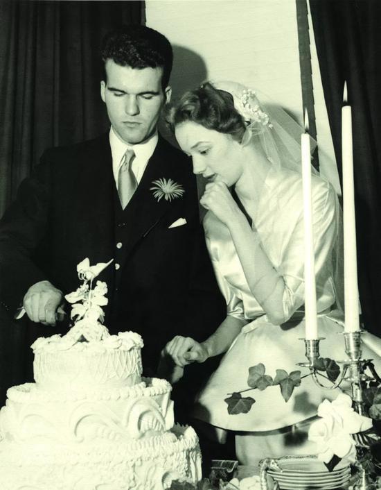 Niki和Harry的婚礼(?? 妮基慈善艺术基金会)