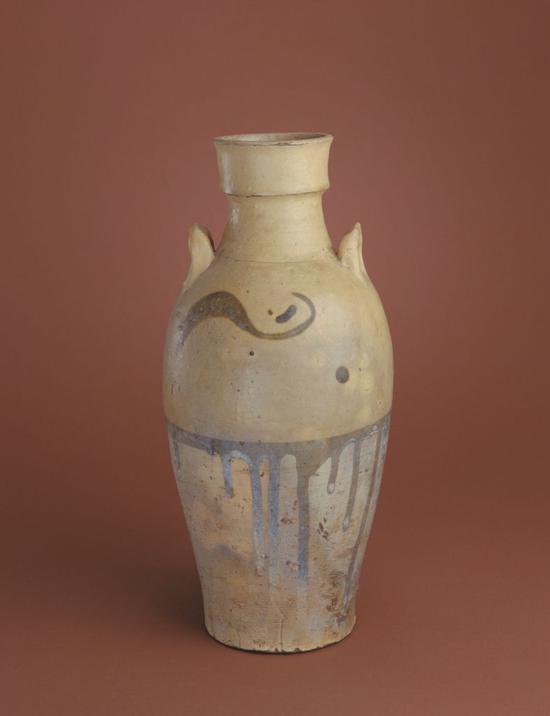 琉璃厂窑绿彩双系瓶,高29.9cm,口径 7.5cm,足径9.2cm。