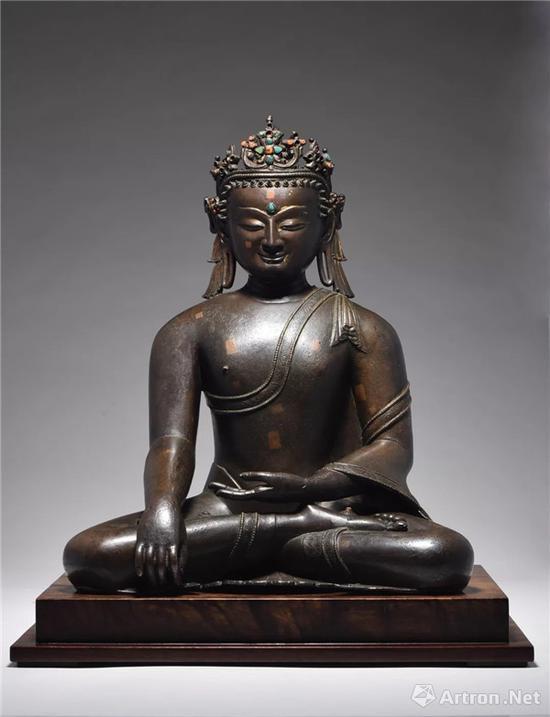 13/14世纪 铜鎏金宝冠释迦牟尼 成交价:1552.5万元