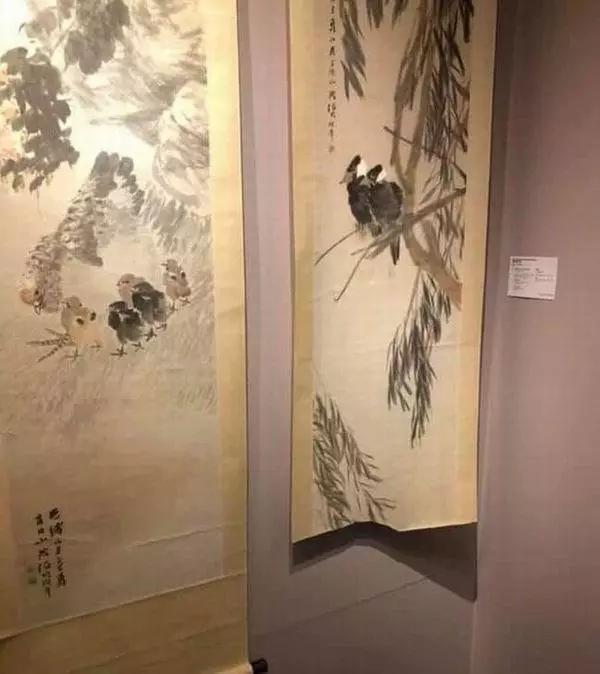 ▲香港佳士得预展,画作被毁现场