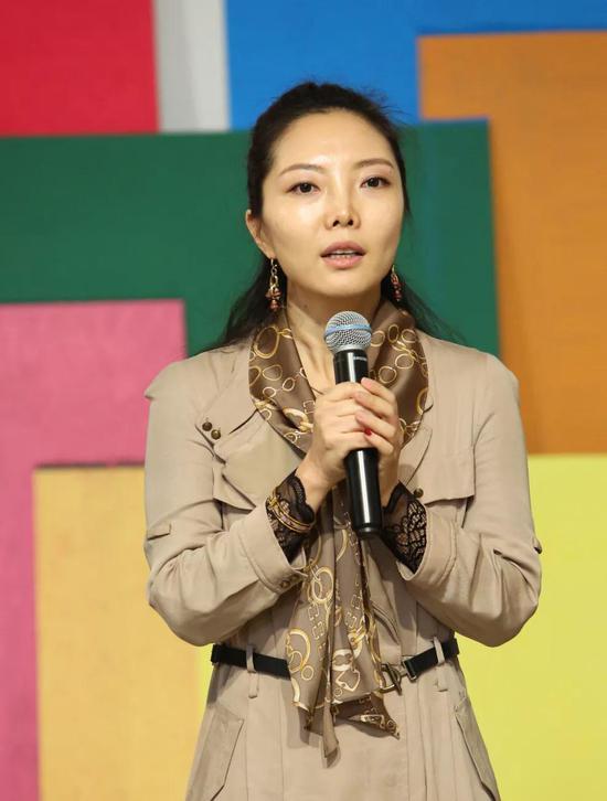 ▲中国艺术研究院国家当代艺术研究中心刘燕女士致辞