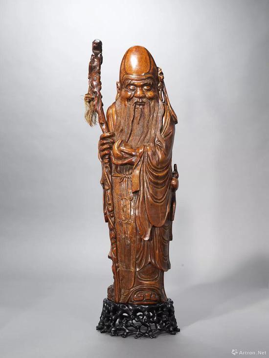 Lot 105 清早期 竹雕寿星翁立像 H:65cm