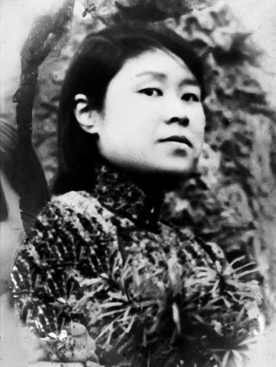 图3。谢玉岑爱妻钱素蕖像(1900-1932年)