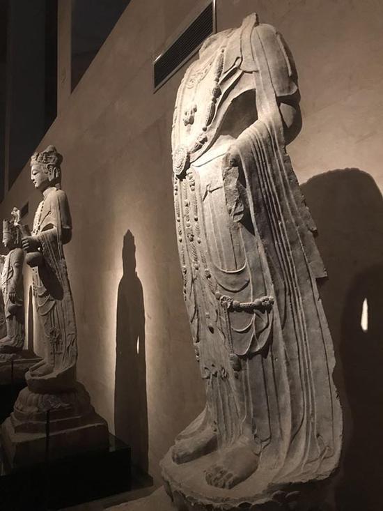 碑林博物馆石刻艺术馆中的古代雕塑作品