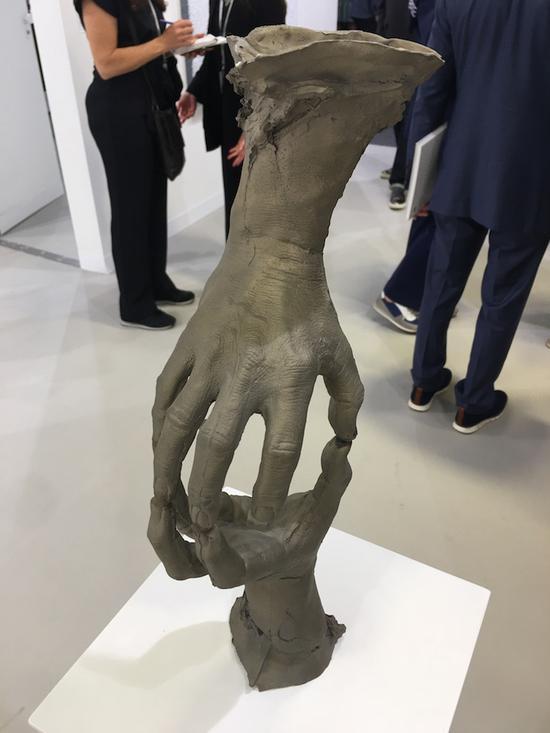 布鲁斯·瑙曼雕塑