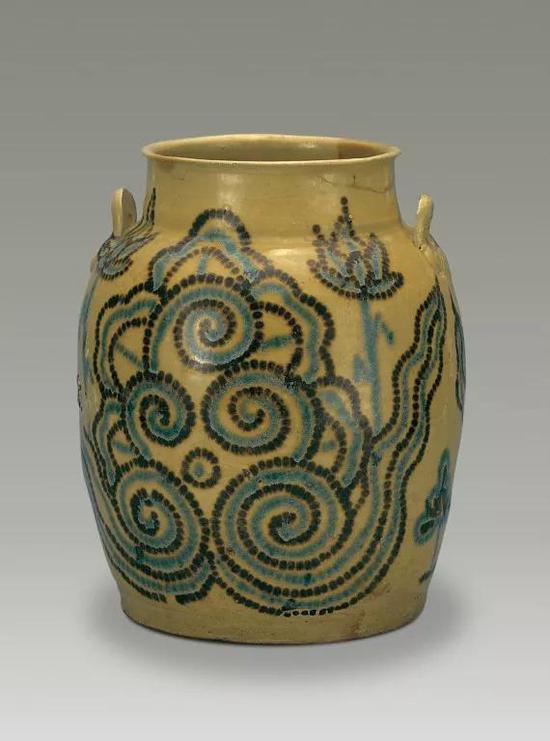 青釉褐绿点彩云纹双耳罐扬州博物馆藏