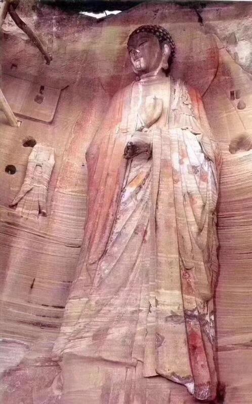 峰门寺原来的石刻造像