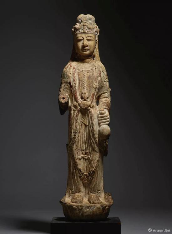 北周 / 隋 大理石雕菩萨立像