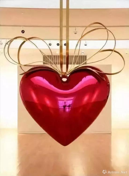 ▲皮诺藏品:杰夫·昆斯 《悬挂的心》
