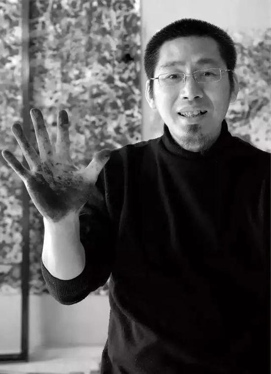 王 瑞 青