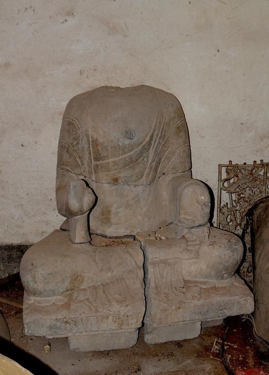 安阳宝山灵泉寺大留圣窟南壁佛像