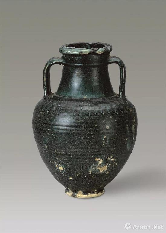 唐 西亚绿釉陶壶高38、口径9、底径10厘米扬州博物馆藏