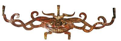 双面兽首鎏金铜顶饰