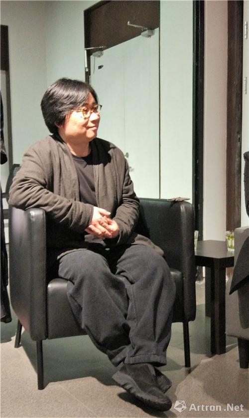 中国美术学院教务处处长王一飞教授
