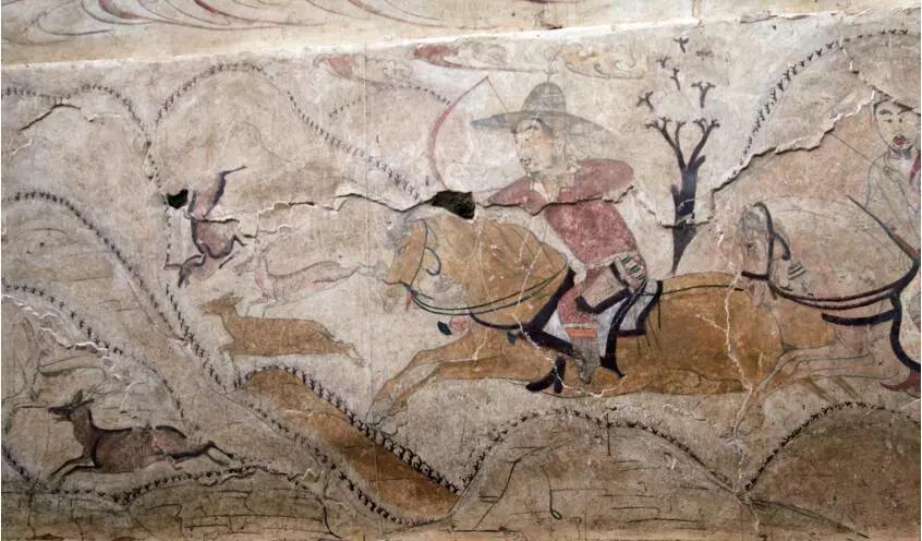 """▲墓道西壁第二层壁画""""猎鹿图"""""""