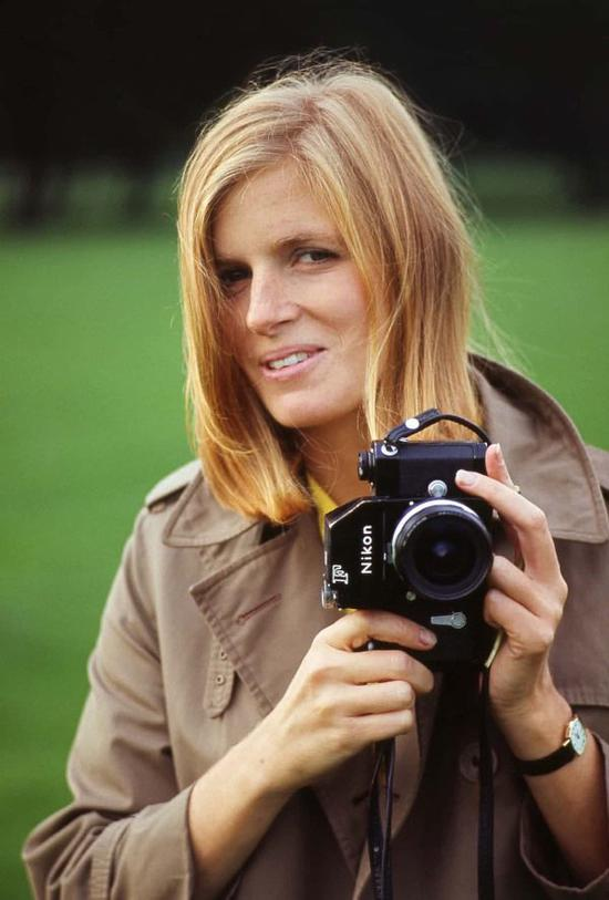 麦卡特尼收藏的27万张英国皇家摄影学会照片将展出