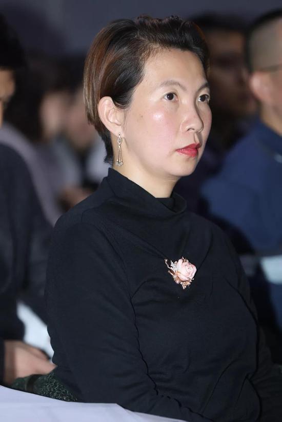 《北京青年报》资深艺术记者 王岩