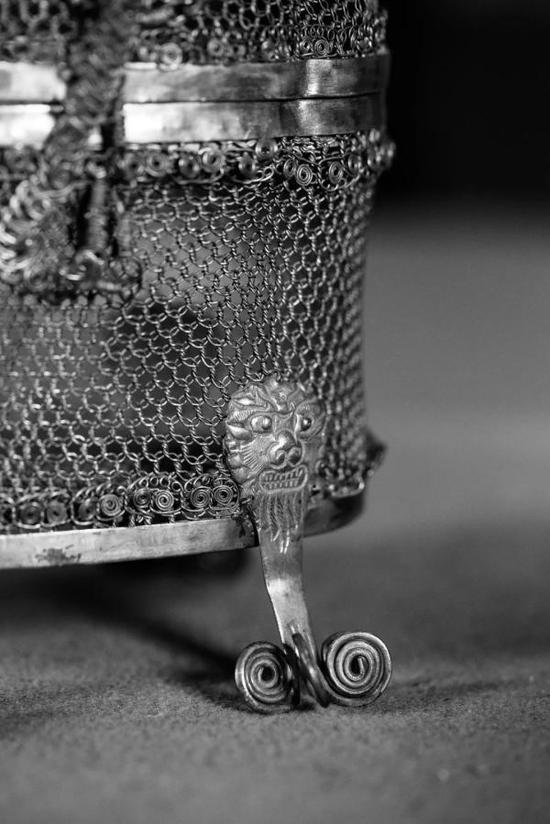 唐·金银丝结条笼子(局部特写),法门寺博物馆藏