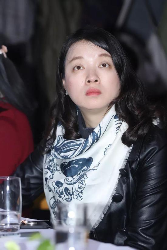 《中国文化报》主任编辑 严长元